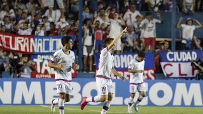 Nacional de Uruguay avanza en la Copa Libertadores
