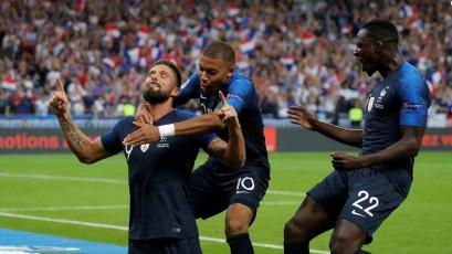 Olivier Giroud se convirtió en el 4° máximo goleador histórico de Francia