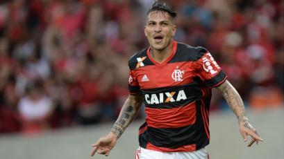 Flamengo piensa en reactivar el contrato a Paolo Guerrero