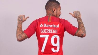 Paolo Guerrero: Camiseta '79' logró récord en ventas