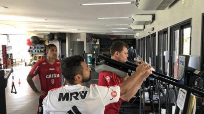 Paolo Guerrero se unió a los entrenamientos del Flamengo