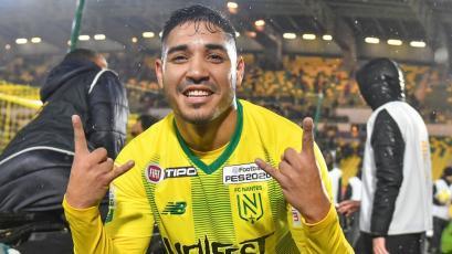 FC Nantes de Francia destacó al peruano Percy Prado por su buen debut con el equipo