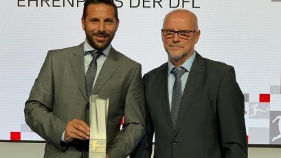 Claudio Pizarro: Federación Alemana reconoce su carrera con un premio honorífico