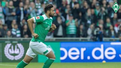 Claudio Pizarro jugó 23' en el empate del Werder Bremen