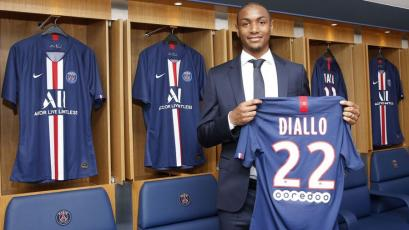 El PSG cierra el fichaje de su nuevo defensor francés Abdou Diallo
