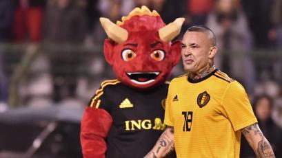 Radja Nainggolan anunció su retiro de la Selección de Bélgica tras no ser convocado