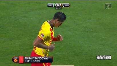 Debut y expulsión de Ray Sandoval en México