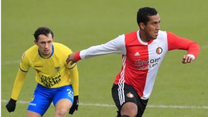Renato Tapia jugó con el equipo juvenil del Feyenoord y fue titular