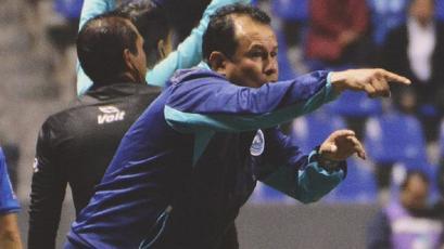 Juan Reynoso no seguirá entrenando en el Puebla