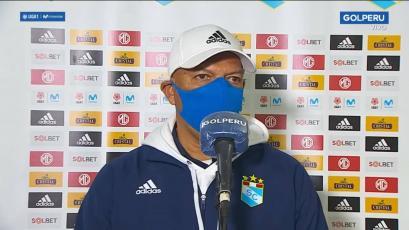 """Roberto Mosquera: """"En cada partido Sporting Cristal da muestra de la mejora que ha tenido"""""""