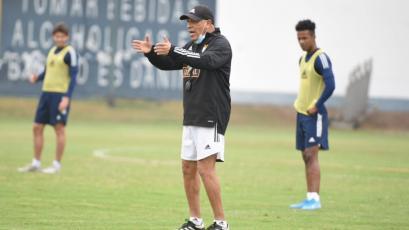"""Roberto Mosquera: """"Alianza Lima es un gran equipo y tiene un gran entrenador"""""""