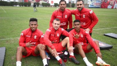 Selección Peruana entrenó por última vez antes de viajar a Europa