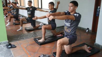 Torneo Preolímpico Sub 23: Selección Peruana realizó trabajos regenerativos tras la derrota con Brasil (FOTOS)