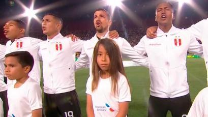 Perú vs Brasil: la emotiva entonación del Himno Nacional en LA Memorial Coliseum (VIDEO)