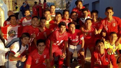 Selección Peruana Sub 17 campeona la Copa UC en Chile
