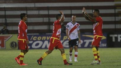 Sport Huancayo venció a Deportivo Municipal en el Callao
