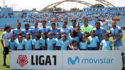 Liga1 Movistar: hincha de Sporting Cristal presentó su alucinante colección de camisetas (FOTOS)
