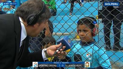 El niño narrador e hincha de Sporting Cristal que se llevó las miradas en el Alberto Gallardo (VIDEO)