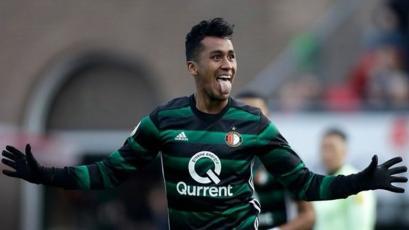 Renato Tapia se reincorporó al Feyenoord en el aniversario del club