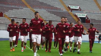 Universitario entrenó en el Estadio Nacional antes de su viaje a Huaraz