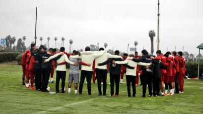 Universitario sigue con su preparación con miras al duelo ante Real Garcilaso