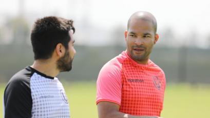 Universitario: Alberto Rodríguez volvió a entrenar con el primer equipo