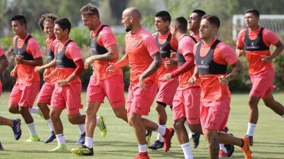 Universitario de Deportes sigue mentalizado en Melgar