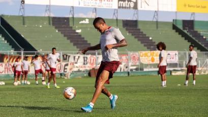 Universitario entrenó con normalidad en San Juan y este sería el 11 sorpresa ante Boca Juniors