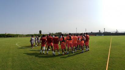 Universitario sigue entrenando con miras al partido ante Alianza Universidad