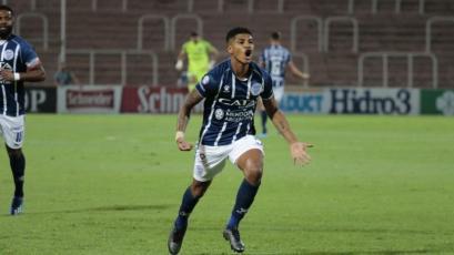 Wilder Cartagena fue convocado por Godoy Cruz para visitar a Vélez con Luis Abram