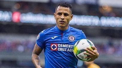 Yoshimar Yotún tuvo que ser operado por una lesión en Cruz Azul